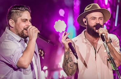 Jorge & Mateus interpretam seus sucessos na tela da Band. Foto: Divulgação/Facebook Oficial