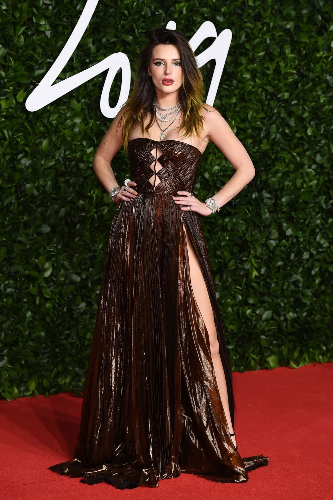 Bella Thorne – Fashion Awards 2019 Red Carpet in London