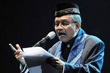 Biografi Taufik Ismail, Tokoh Sastrawan Indonesia Pencipta Puisi Terkenal