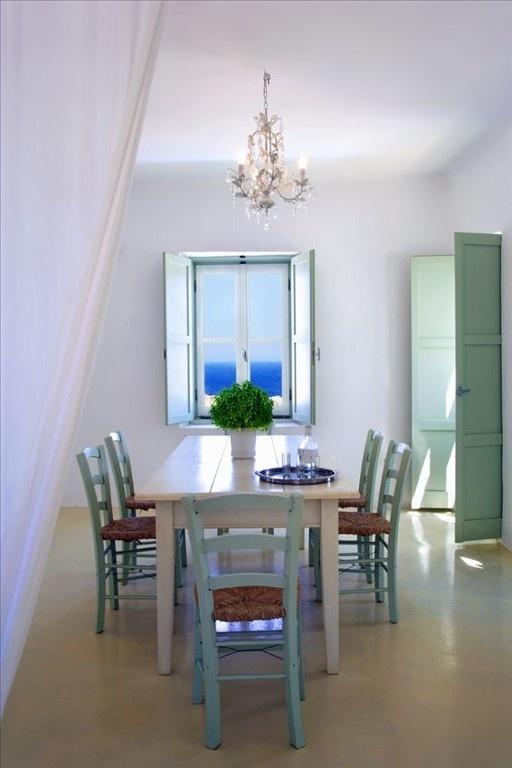 sala de almoço/jantar simples e rústica casa de praia