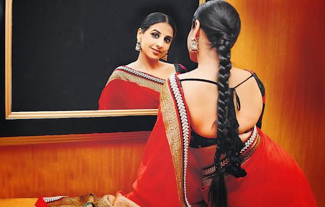 आजे वेलेन्टाइन डे होवाथी कोण जाणे हुं  अभिसार माटे Gujarati Kavita By Naresh K. Dodia