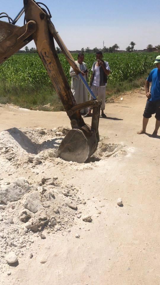 توصيل مياه الشرب النقية لعزبة أم أمين بقرية كفر محفوظ بطامية بالفيوم