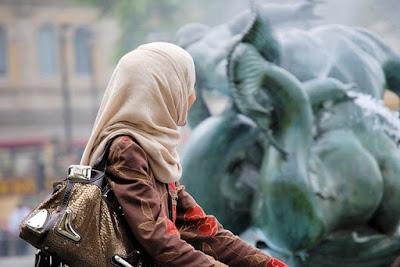 Negara Paling Tidak Ramah Terhadap Traveler Muslim