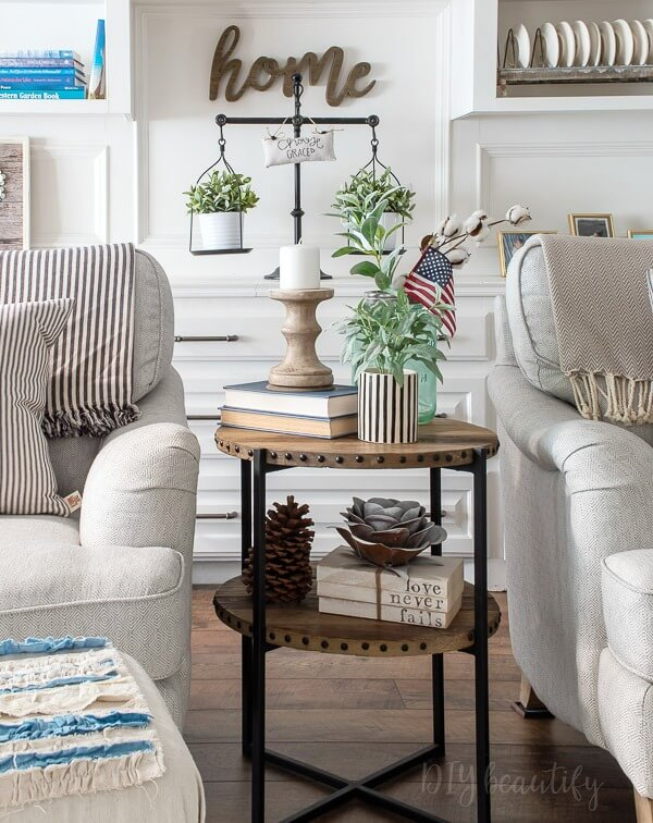 farmhouse decor in the living room