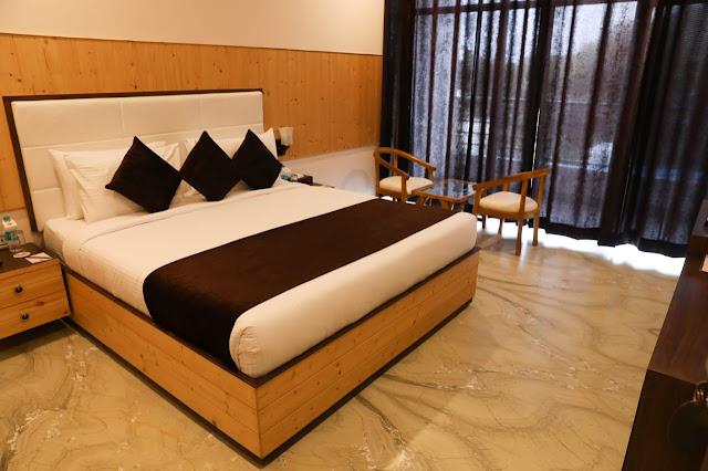 Hotel Corbett Paradise Super Deluxe Room