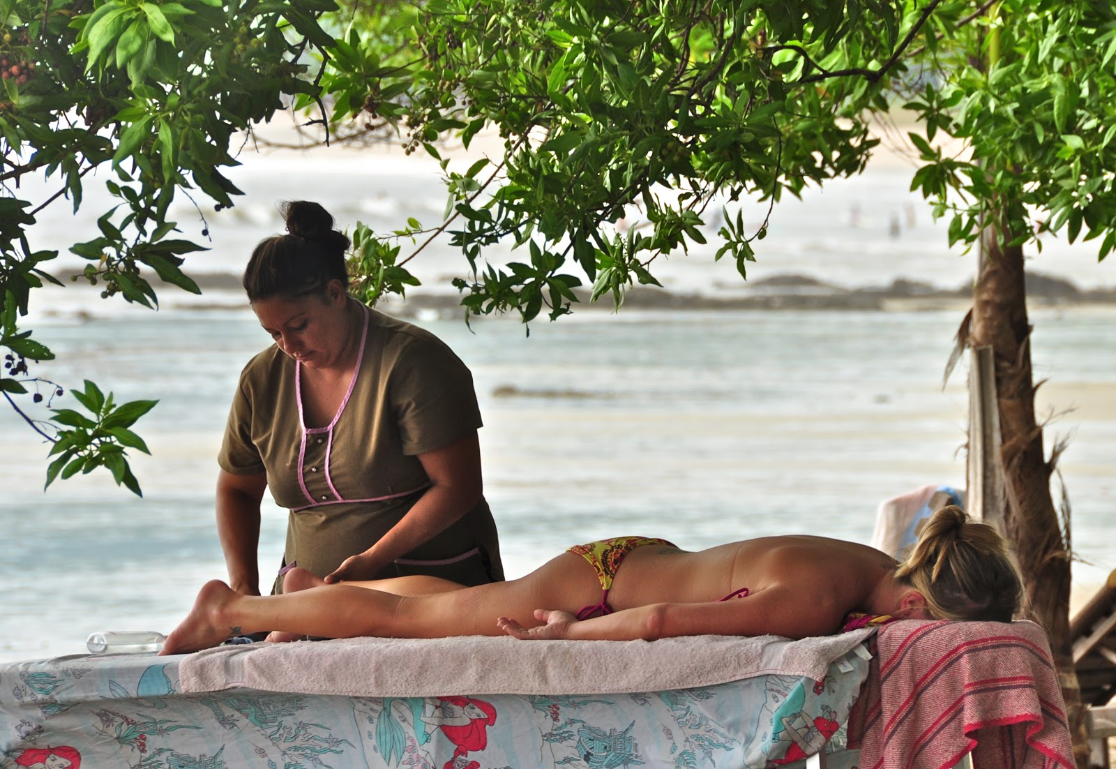 wife beach massage