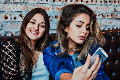 Girl Selfie most popular Viral Selfie