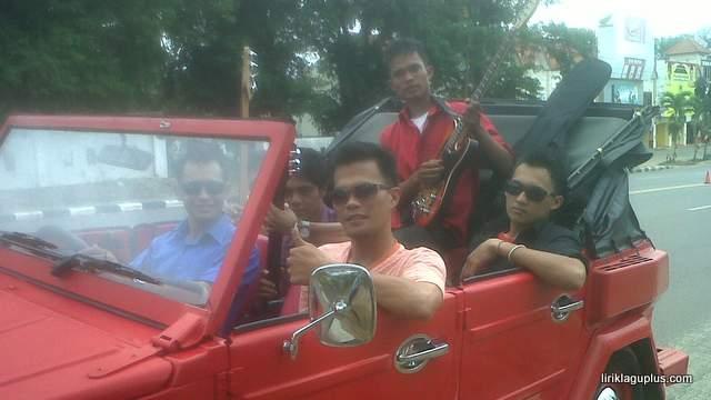 foto alcas band asli