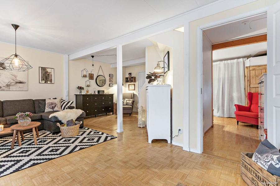 Szachownica, wystrój wnętrz, wnętrza, urządzanie mieszkania, dom, home decor, dekoracje, aranżacje, styl skandynawski, scandinavian style, styl rustykalny, rustic style, salon, pokój dzienny, living room