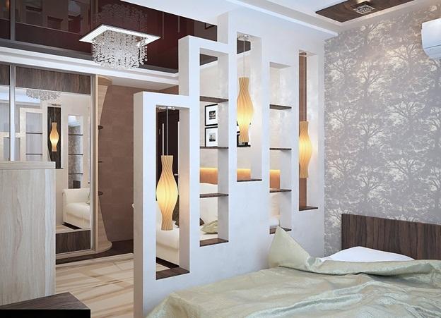 Sekat Plywood Putih dengan Rak dan Lampu