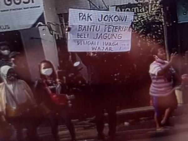 Bagaimana Kabar Warga yang Ditangkap Saat Bentangkan Poster di Kunjungan Jokowi?
