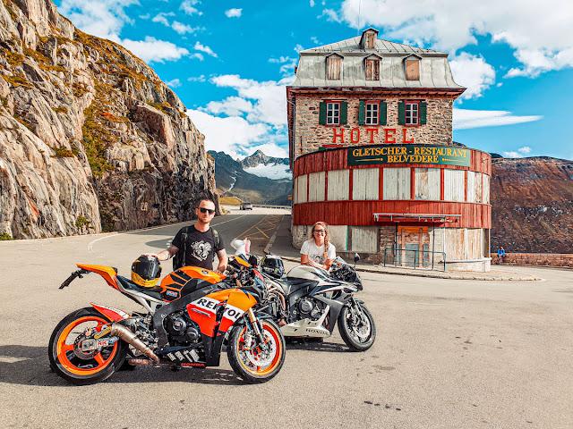 Giri in moto Furka Pass