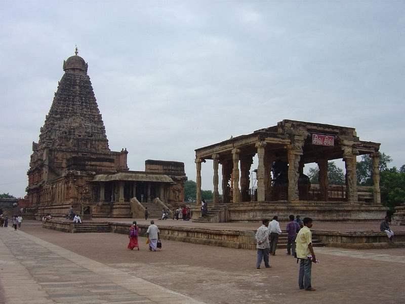 http://www.templeinformation.in/2014/03/thanjavur-brihadeeswarar-temple.html