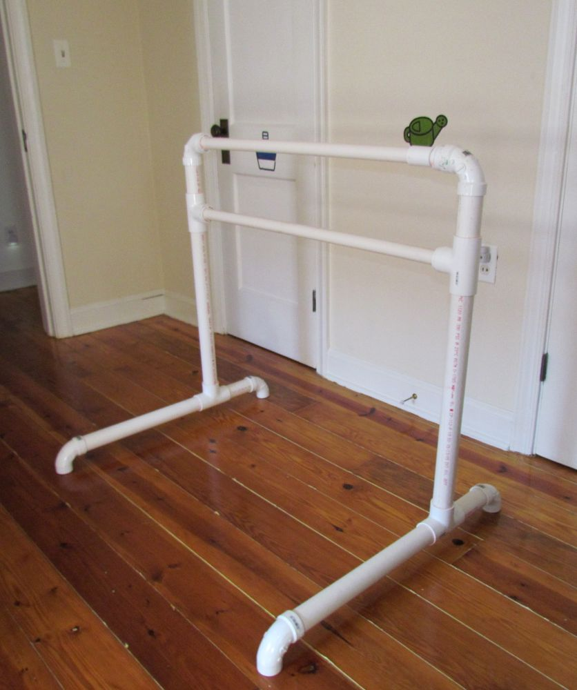 Photographic Mom-ory: DIY Ballet Barre from PVC for Less ...