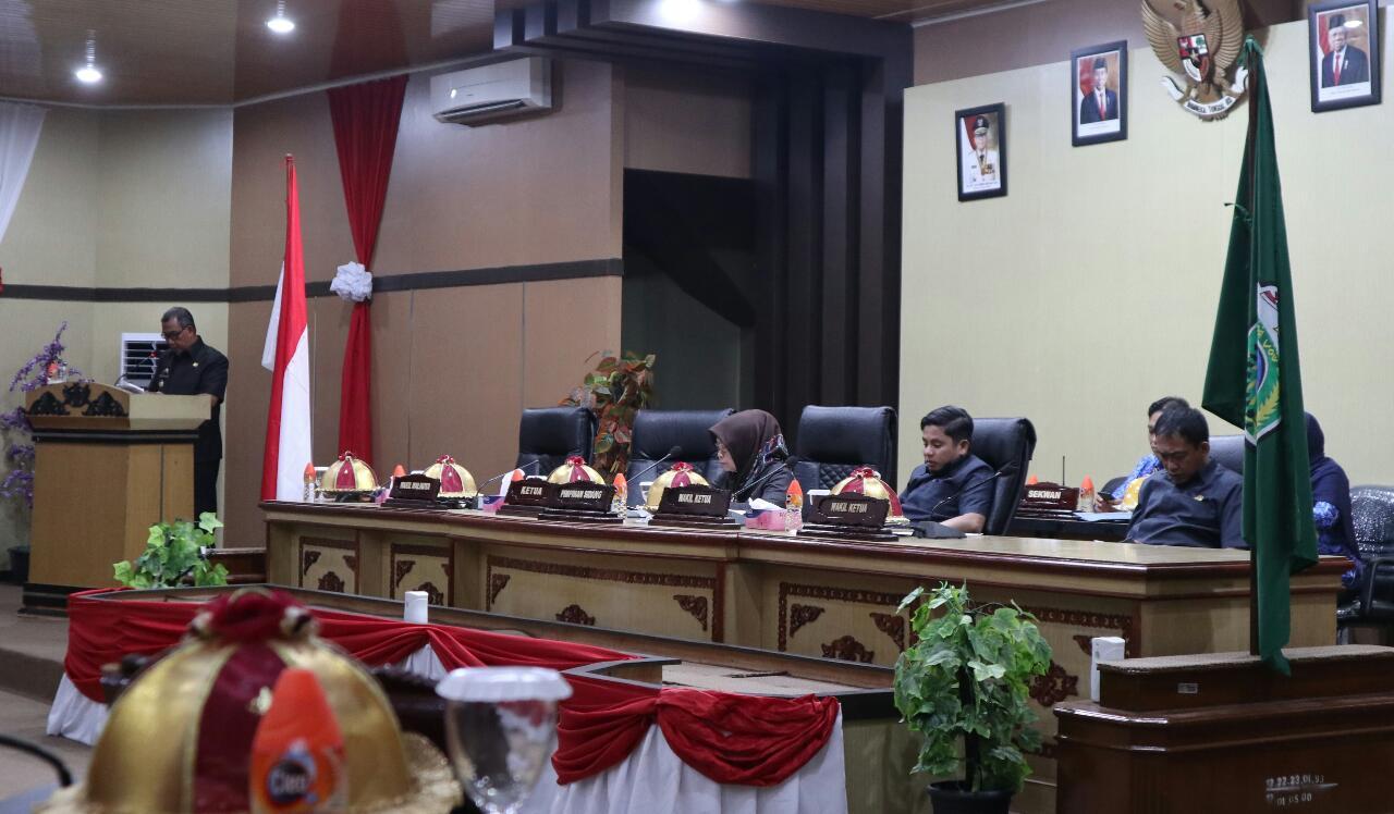 Pangerang Rahim Bacakan Pandangan Walikota di Rapat Paripurna DPRD Parepare