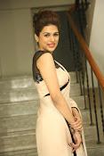 shraddha das latest glamorous photos-thumbnail-11