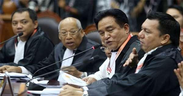 Tim Jokowi Asyik Ngobrol, Kuasa Hukum Prabowo Protes ke Hakim
