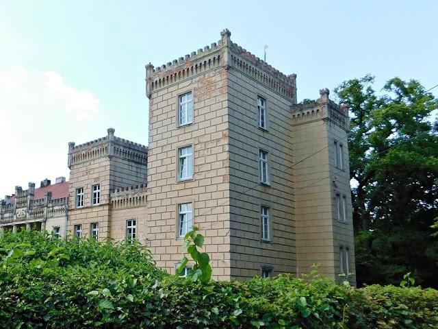 pałac, wieża, baszta, zabytek, gościeszyn
