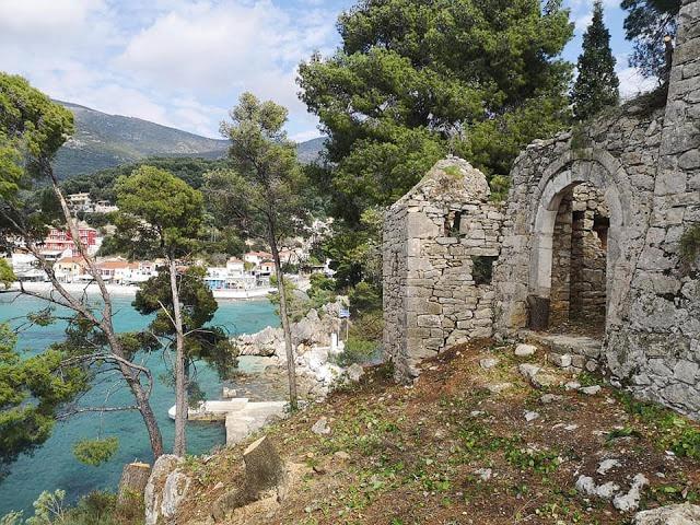"""Πρέβεζα: Εργασίες Καθαρισμού Και Ανάδειξης Έφεραν Στο Φως """"Κρυφές"""" Γωνιές Από Το Κάστρο Στο Νησάκι Της Πάργας"""