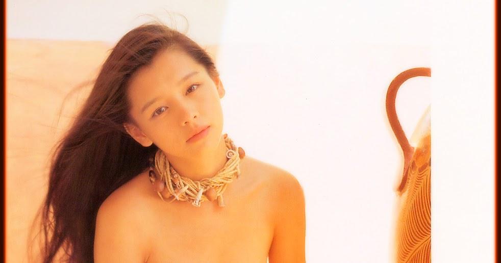 Vivian Hsu Nude 68