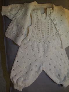 Vauvalle neuleita
