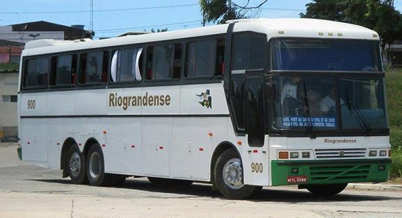 Com novo padrão visual, ônibus 900 da Viação Riograndense está de volta a operação