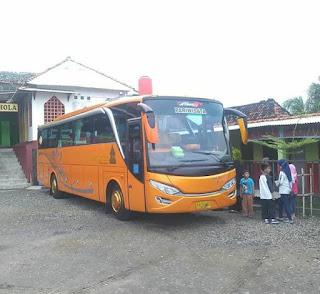 Sewa Bus Jogja Seat 50 - Prapanca Transport
