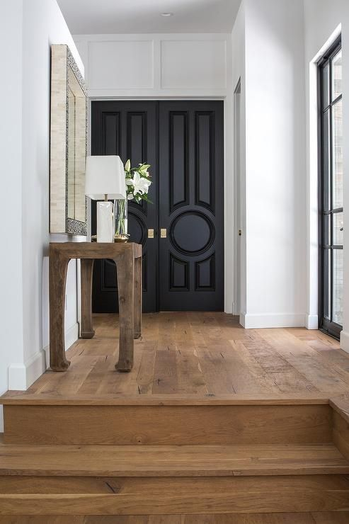 Accent Black: House Beautiful