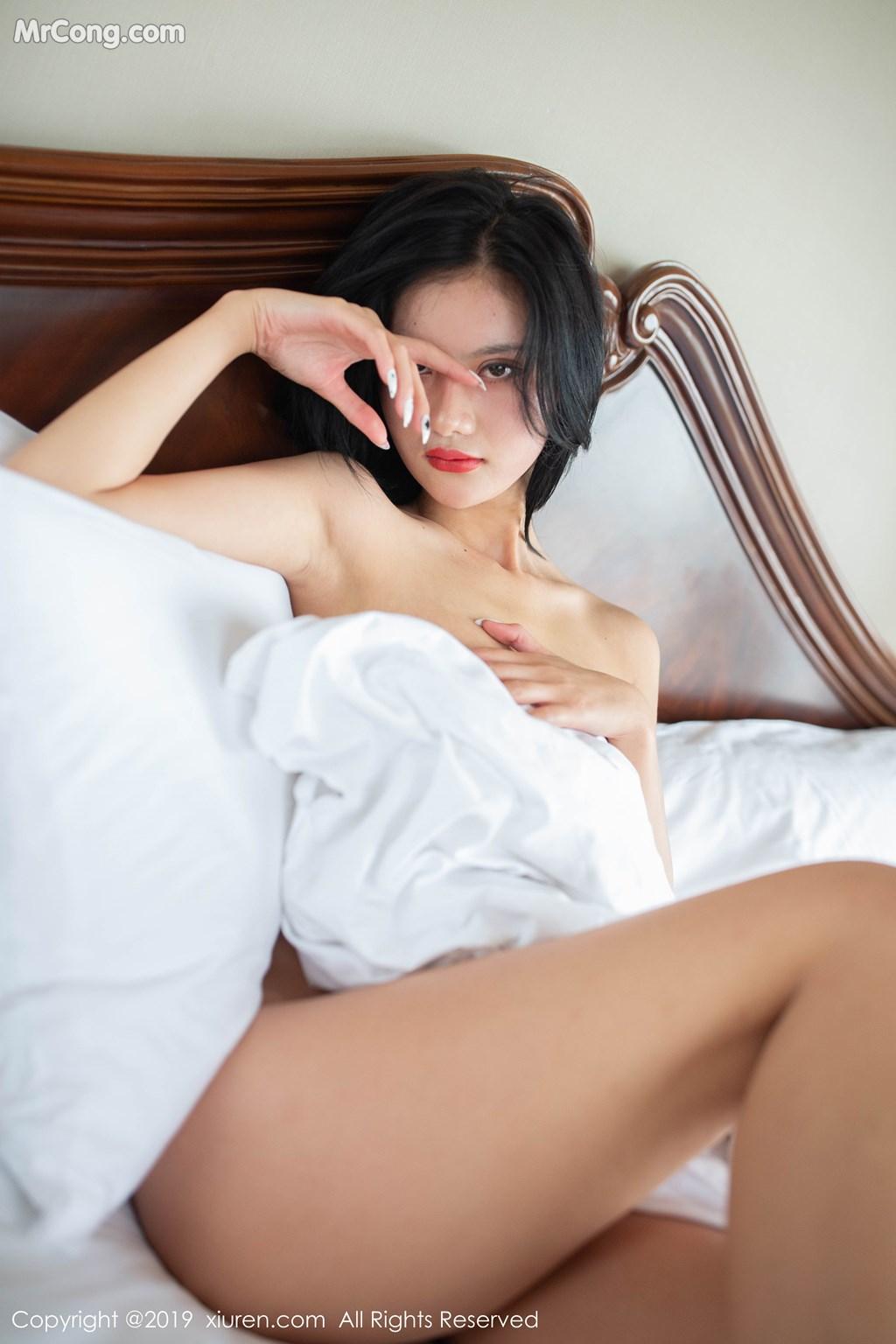 Image XIUREN-No.1597-Jiu-Shi-A-Zhu-A-MrCong.com-004 in post XIUREN No.1597: Jiu Shi A Zhu A (就是阿朱啊) (41 ảnh)
