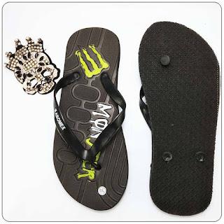 pengrajin sandal jepit anak sampai dewasa