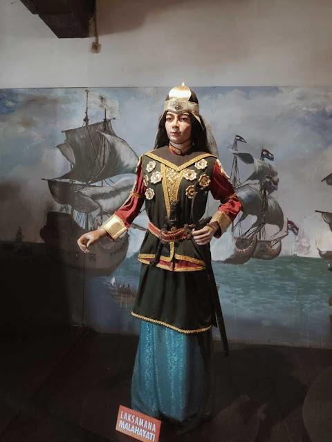 wisata-sejarah-museum-bahari