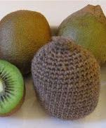 http://www.ravelry.com/patterns/library/kiwifruit-kiwi