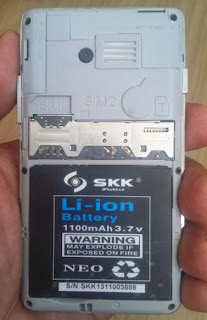 SKK Mobile Charm - Battery, micro SD and SIM cards compartments
