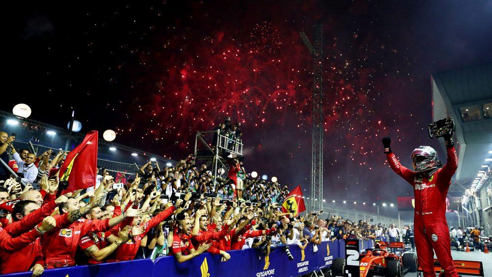 vettel-oportunista-conquista-vitoria-em-cingapura-e-termina-esteril