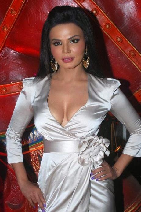 Sexy Photos Of Rakhi Savant
