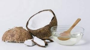 8 Manfaat Minyak Kelapa Untuk Mengatasi Masalah Pada Rambut