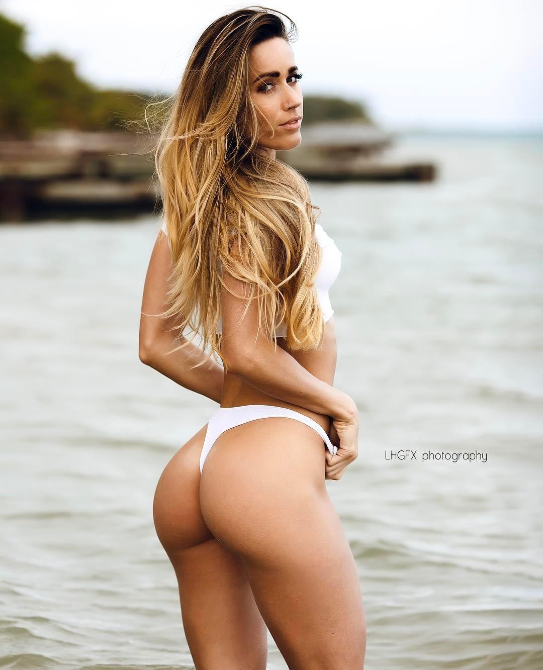 fitness model Valentina Lequeux