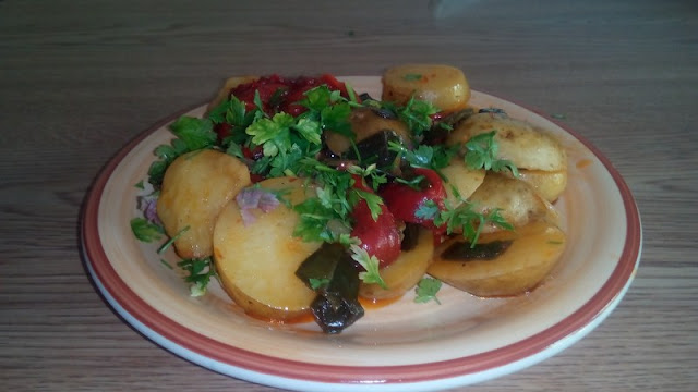 Potatoes and peppers-gluten-free and vegan dish