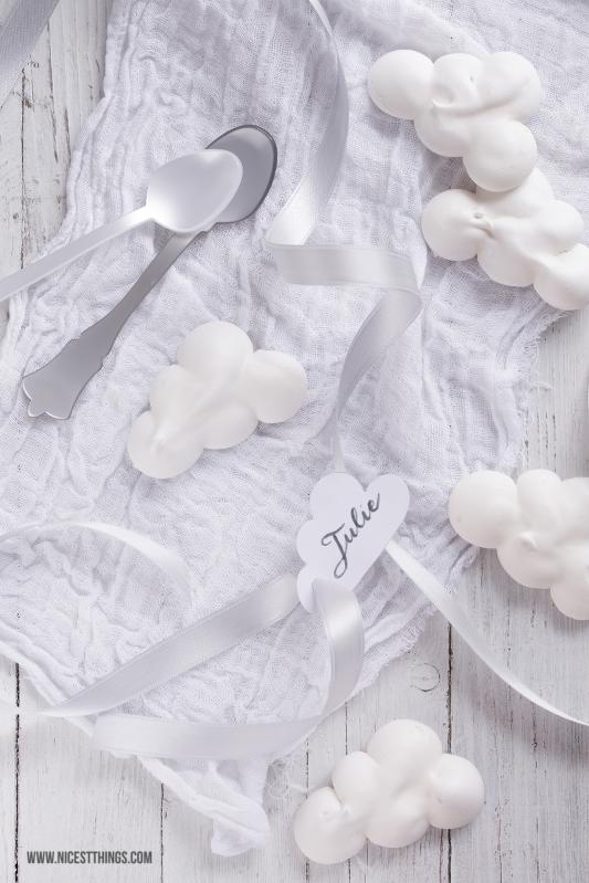 Diner en Blanc White Dinner Wolken Meringues #dinerenblanc #whitedinner #meringue #wolken #baiser #clouds