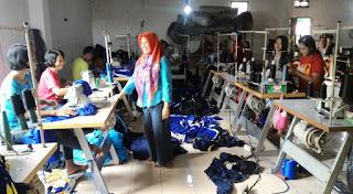 contoh bisnis pakaian
