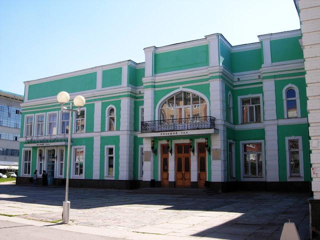 ЧП в Башгосфилармонии имени Хусаина Ахметова: на артистов упала балка