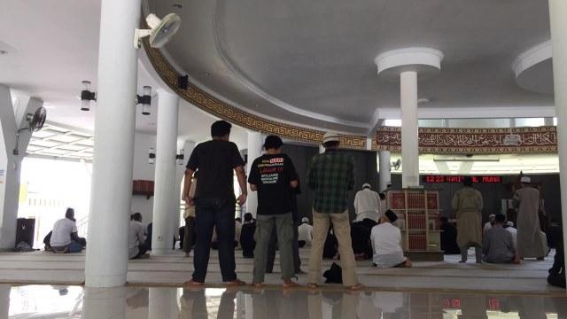 Nasib Karpet Masjid yang Diinjak Anjingnya Suzethe Margaret