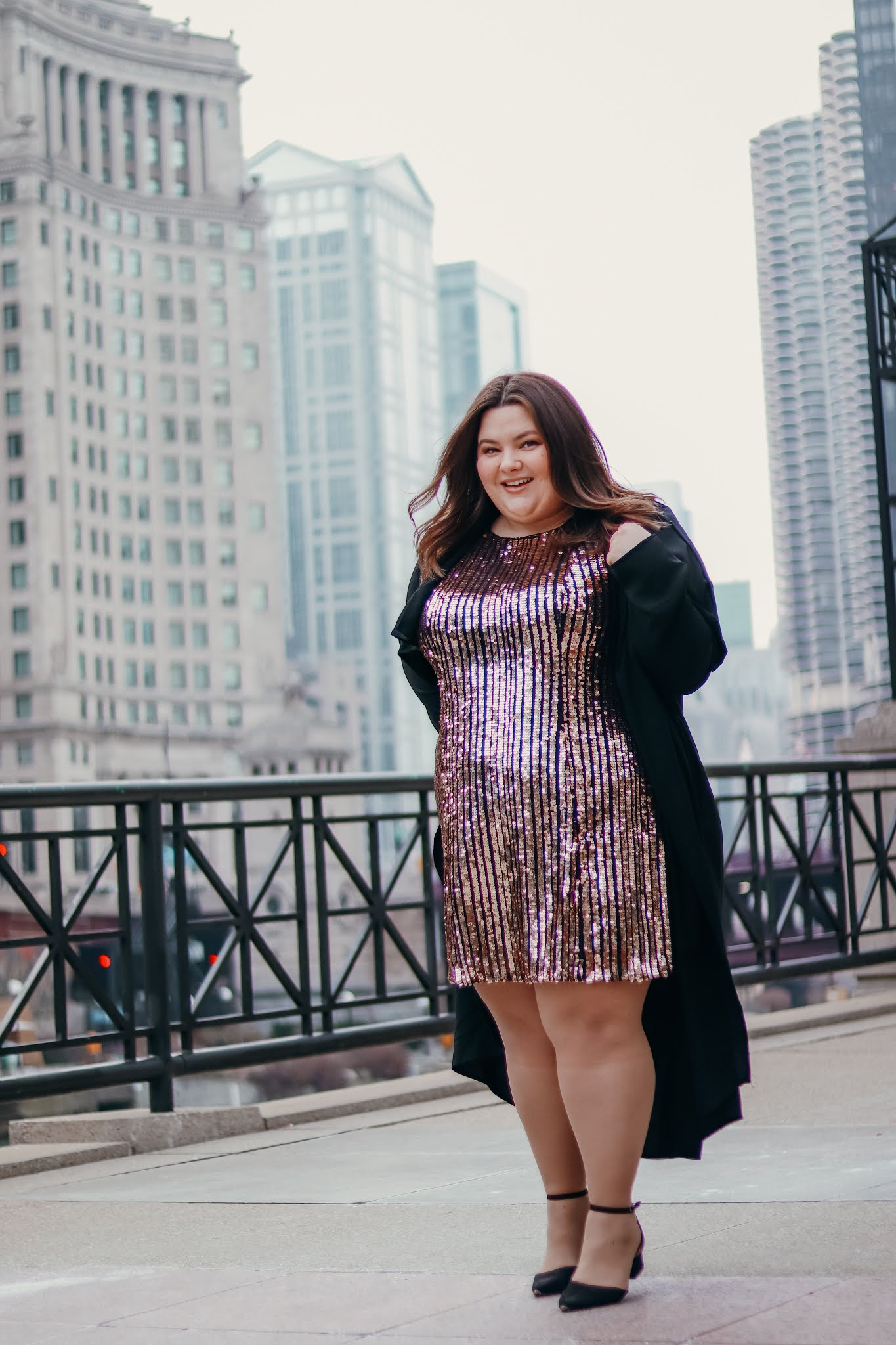 Chicago Plus Size Petite Fashion Blogger Natalie in the City how to build confidence plus size holiday outfit plus size mini