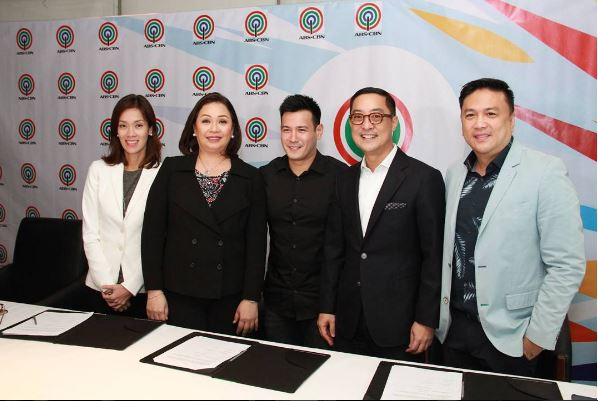 John Prats renews contract with ABS-CBN
