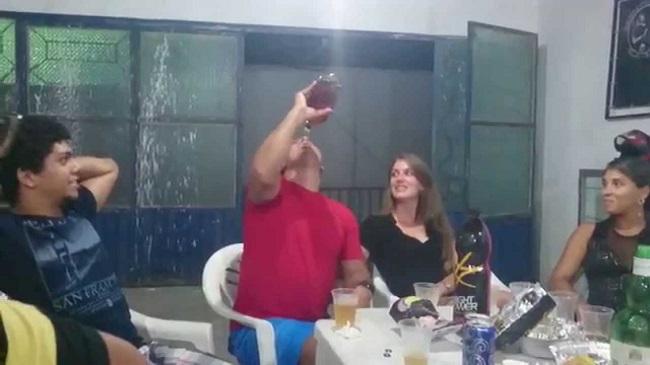 Brincadeira de bêbado