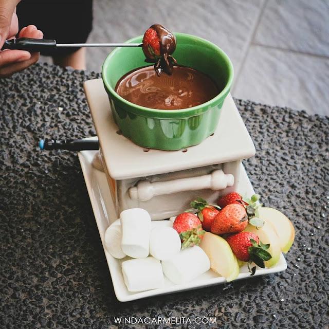 dapur cokelat malang choco fondue