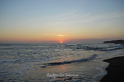 Kala senja di Pantai Munggu yang indah dan tenang - Backpacker Manyar