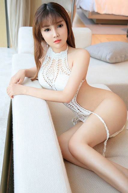 Hot and sexy big boobs photos of beautiful busty asian hottie chick Chinese booty model Li Xi Yao photo highlights on Pinays Finest Sexy Nude Photo Collection site.