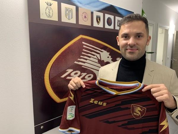 Oficial: Salernitana, firma cedido Durmisi