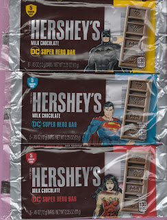 Front of Hershey's DC Super Hero Bar 5 Pack Snack Size Trinity